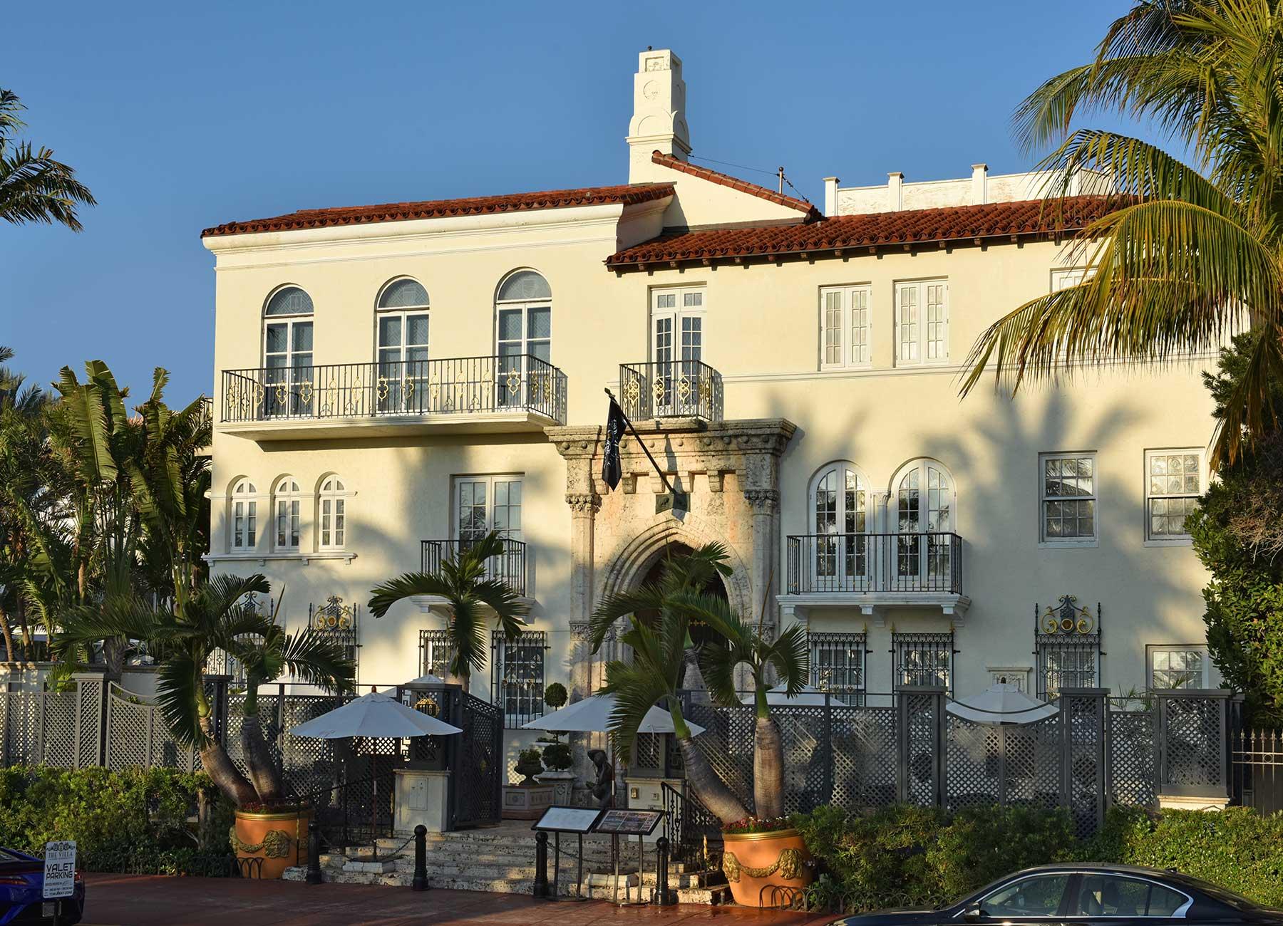 The Villa Casa Casuarina Luxury Hotel Events Gianni S Restaurant